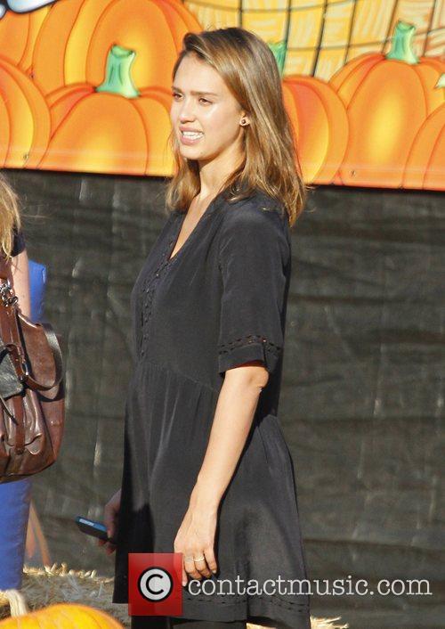 Jessica Alba 32