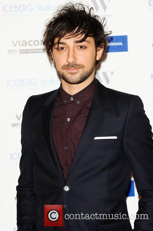 Alex Zane and Mtv 4