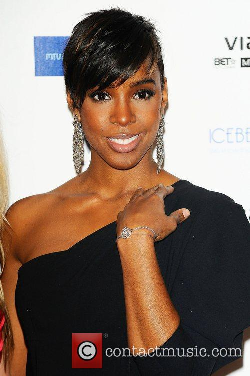 Kelly Rowland and Mtv 11