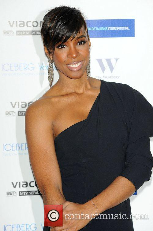 Kelly Rowland and Mtv 4
