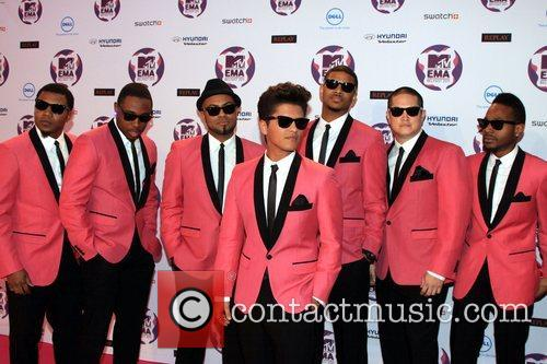 Bruno Mars and Mtv European Music Awards 3