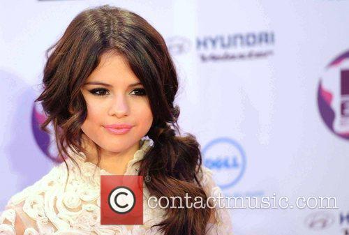 Selena Gomez and Mtv European Music Awards 8