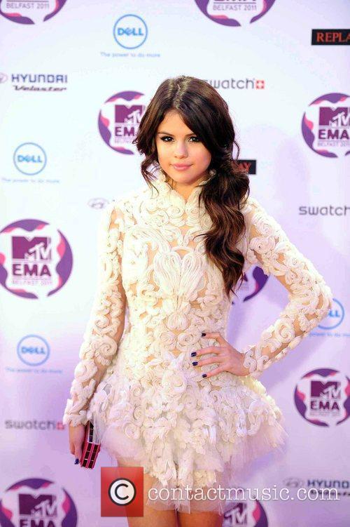 Selena Gomez, David Guetta, Jessie J, Taio Cruz and Mtv European Music Awards 10