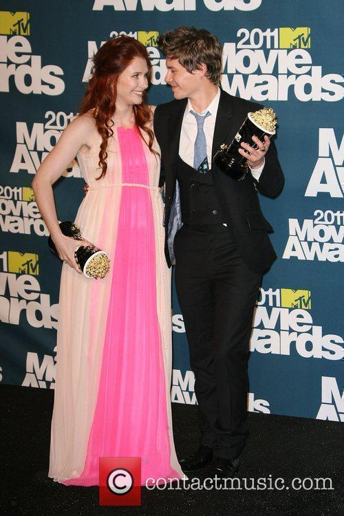Bryce Dallas Howard and Xavier Samuel 1