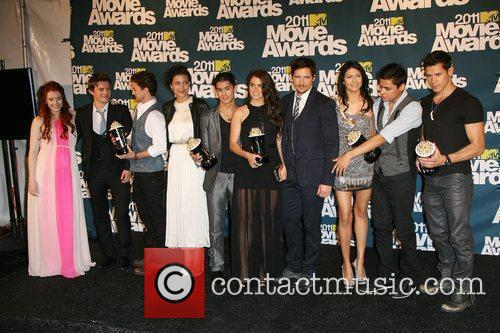 Bryce Dallas Howard, Alex Meraz, Boo Boo Stewart, Jackson Rathbone, Julia Jones, Kiowa Gordon, Nikki Reed, Peter Facinelli, Tinsel Korey and Xavier Samuel 10