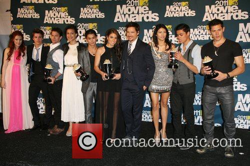 Bryce Dallas Howard, Alex Meraz, Boo Boo Stewart, Jackson Rathbone, Julia Jones, Kiowa Gordon, Nikki Reed, Peter Facinelli, Tinsel Korey and Xavier Samuel 7