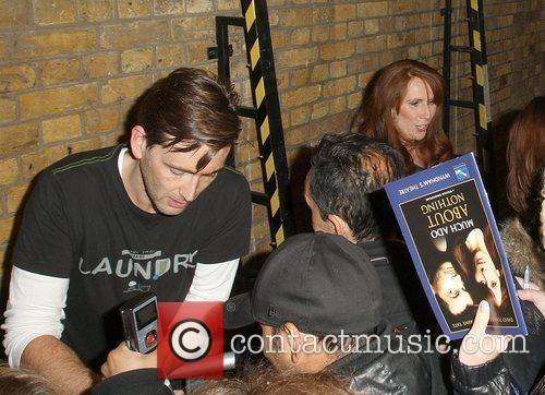 David Tennant and Catherine Tate signing for fans...