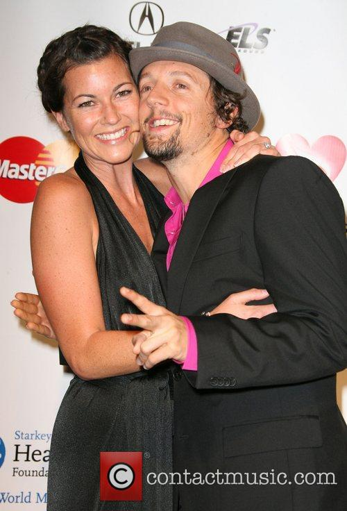 Tristan Prettyman and Jason Mraz 2011 MusiCares Person...