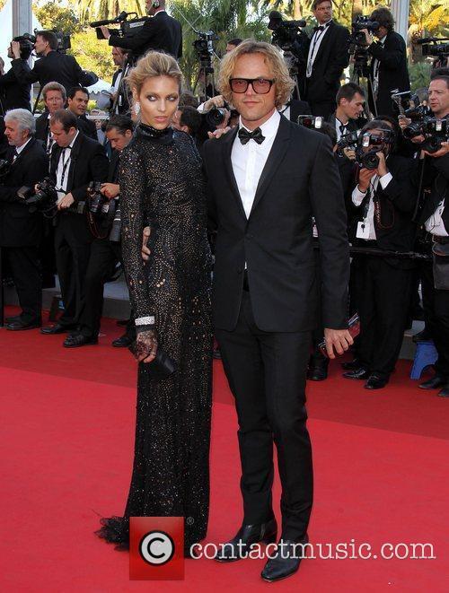 Anja Rubik and Peter Dundas  2011 Cannes...
