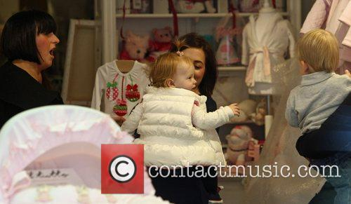 natalie cassidy shopping with her daughter and 3581468