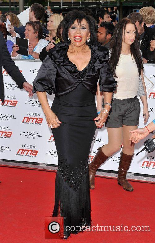 Shirley Bassey and Nicole Scherzinger 4