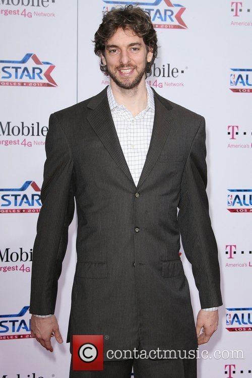 Pau Gasol T-Mobile Magenta Carpet At The 2011...