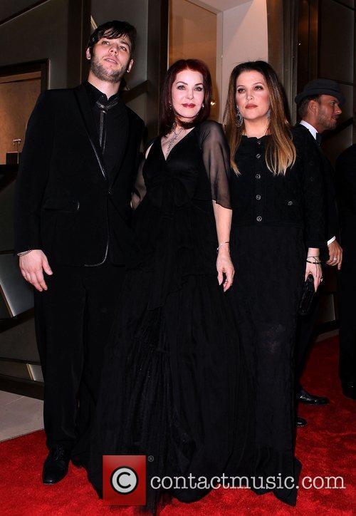 Priscilla Presley, Las Vegas and Lisa Marie Presley 11