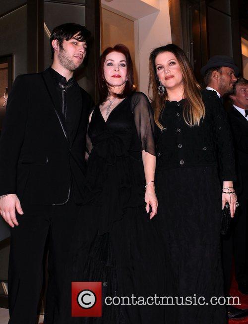 Priscilla Presley, Las Vegas and Lisa Marie Presley 4