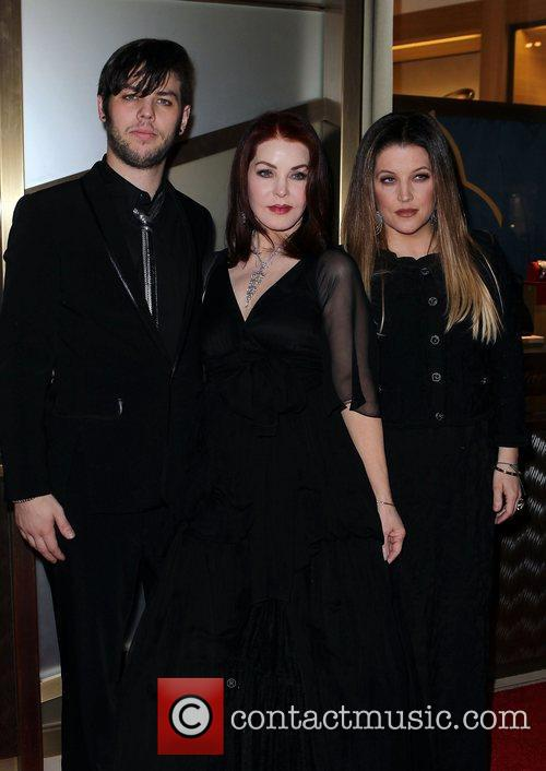 Priscilla Presley, Las Vegas and Lisa Marie Presley 1