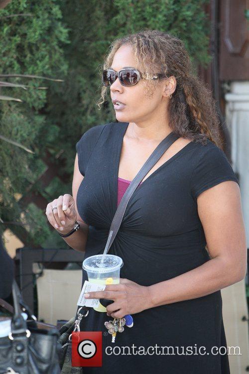 Rachel True leaving M Cafe in Beverly Hills...