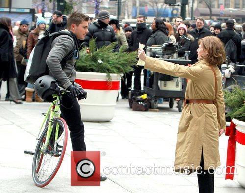 Zac Efron and Michelle Pfeiffer 17