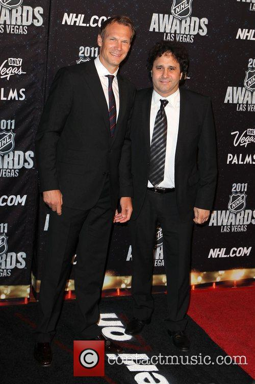 Nicklas Lidstrom And George Maloof 4