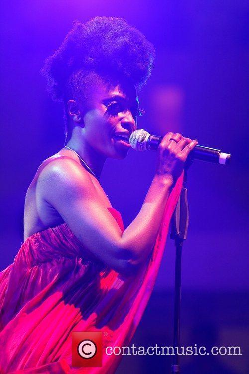 Skye Edwards and Morcheeba 8