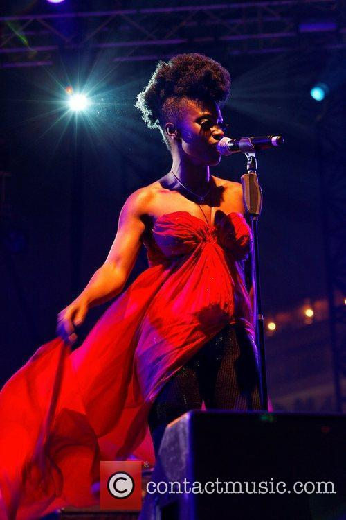 Skye Edwards and Morcheeba 7