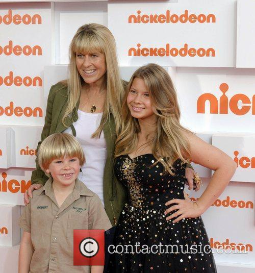 Terri Irwin, Bindi Irwin and Sydney Entertainment Centre