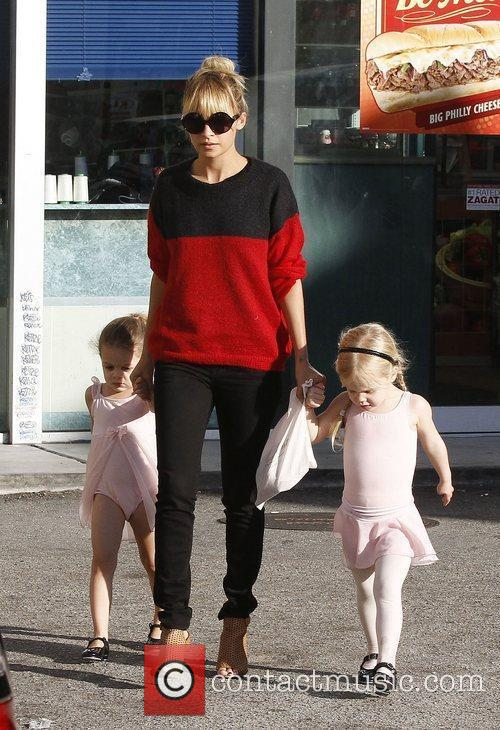 Nicole Richie took her daughter Harlow (left) and...