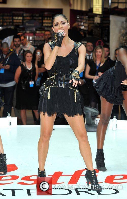 Nicole Scherzinger 28