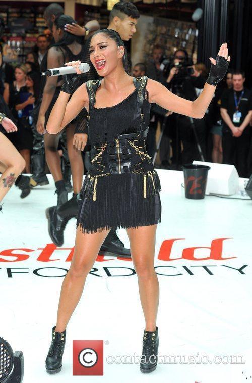 Nicole Scherzinger 39