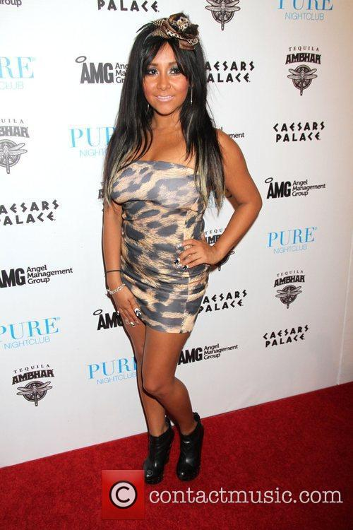 Jersey Shore, Caesars and Nicole Polizzi 1