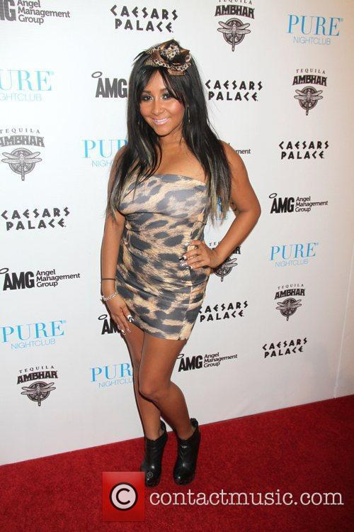 Jersey Shore, Caesars and Nicole Polizzi 4