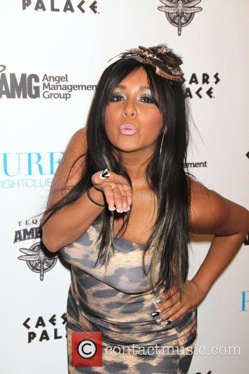 Jersey Shore, Caesars and Nicole Polizzi 9