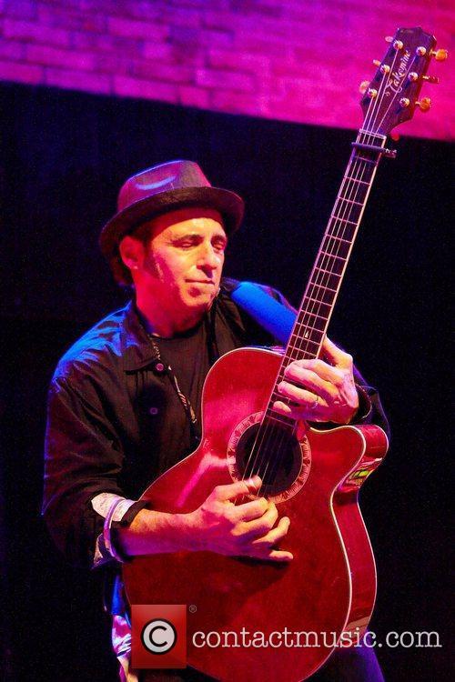 Nils Lofgren and E Street Band 6