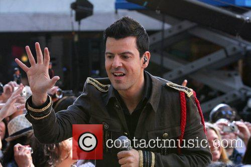 Jordan Knight and Meredith Vieira 1
