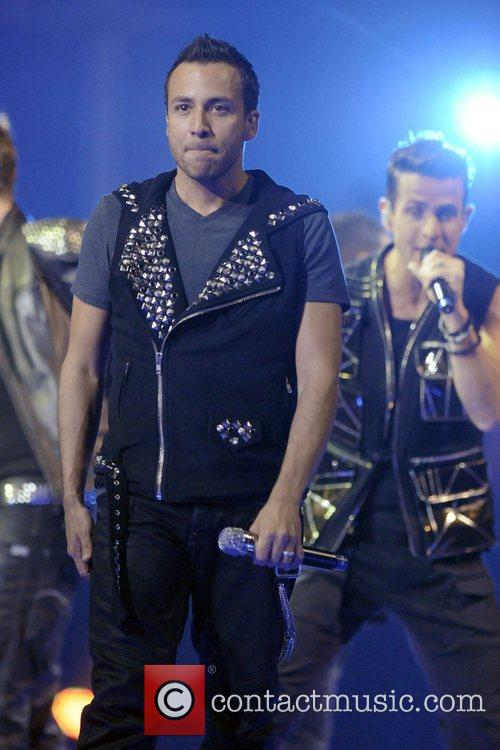 Howie Dorough  NKOTBSB Tour - New Kids...