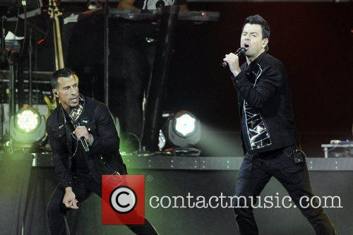 Jordan Knight and Jonathan Knight 5