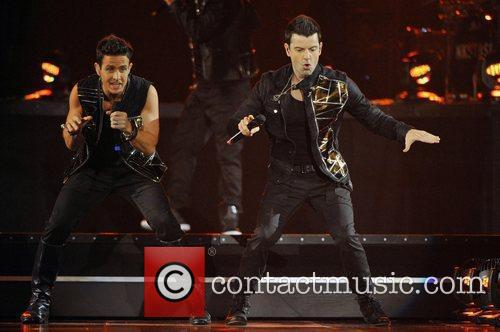 Joey Mcintyre, Jordan Knight and New Kids On The Block 7