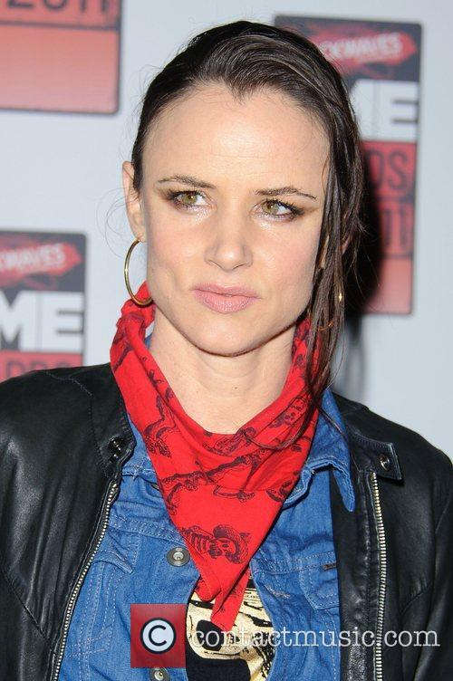Juliette Lewis and Nme 9