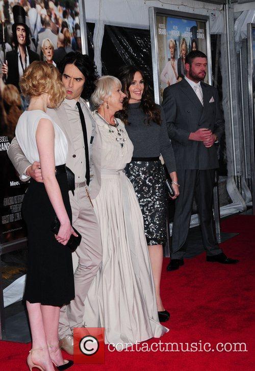 Greta Gerwig, Helen Mirren, Jennifer Garner and Russell Brand 5