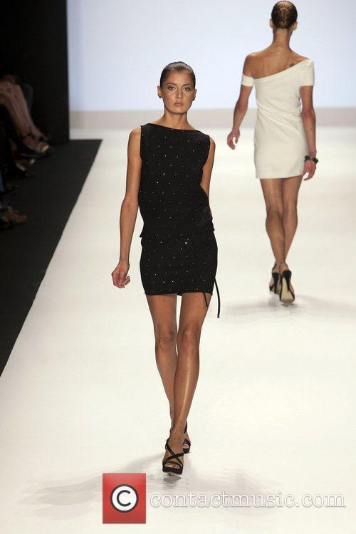 Model and Heidi Klum 32