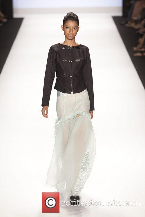 Model and Heidi Klum 17