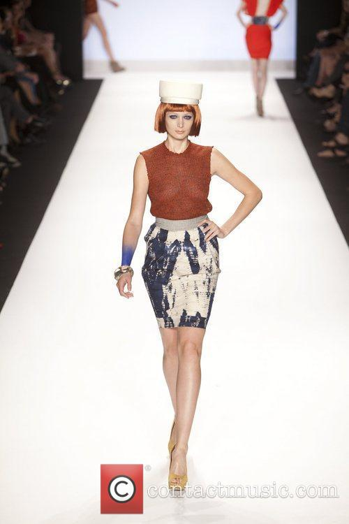 Model and Heidi Klum 30