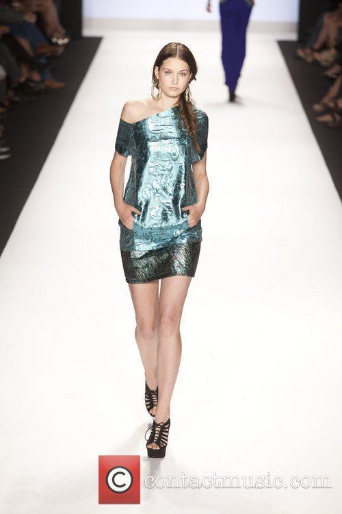 Model and Heidi Klum 39