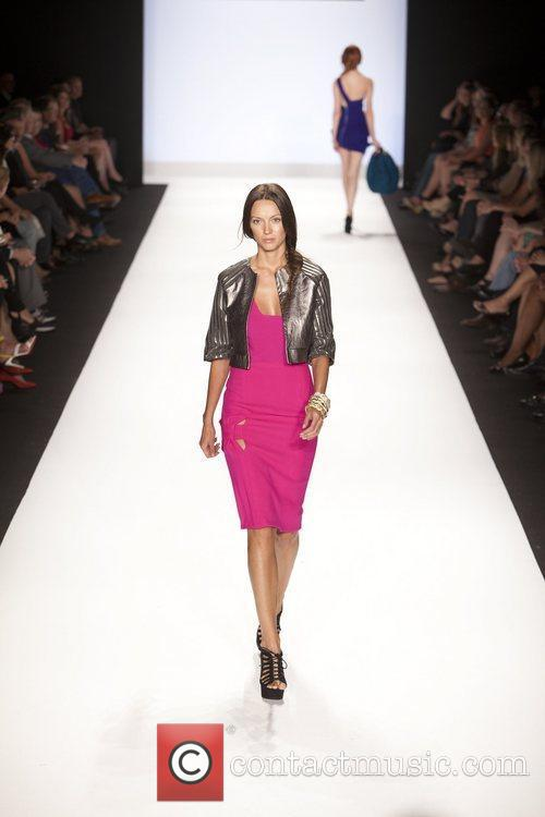 Model and Heidi Klum 40