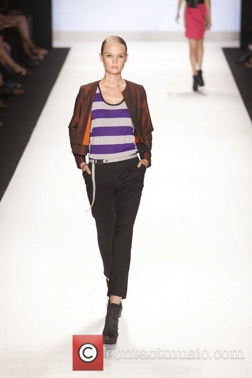 Model and Heidi Klum 35