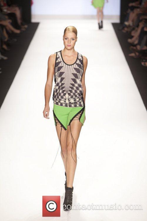 Model and Heidi Klum 37