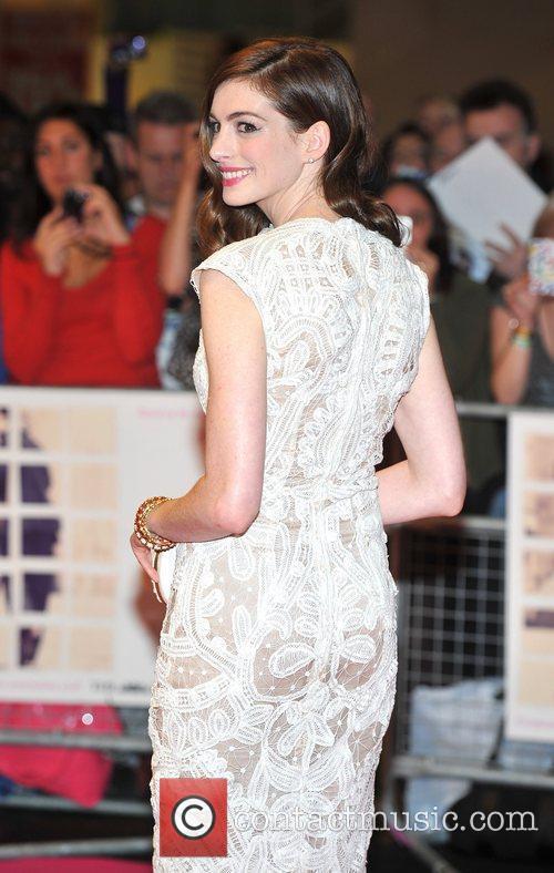 Anne Hathaway 29