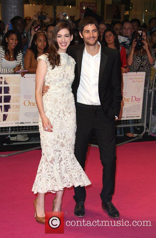 Anne Hathaway and Jim Sturgess 14