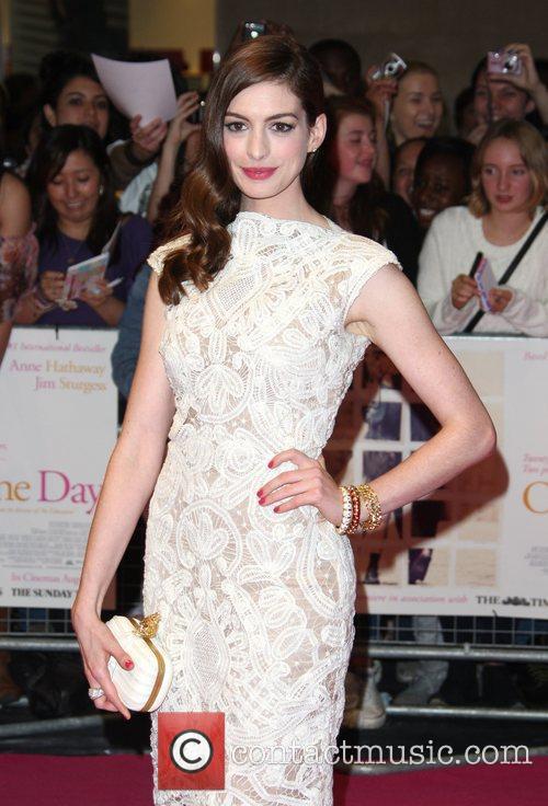 Anne Hathaway 40