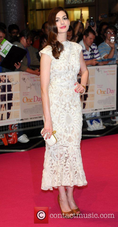 Anne Hathaway 51