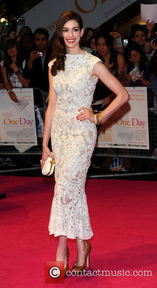 Anne Hathaway 49